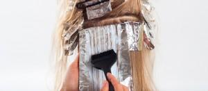 Barvení vlasů bez chemie a šetrně